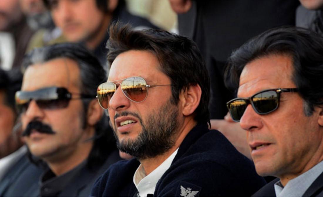 Shahid Khan Religion: Imran-khan-and-shahid-afridi